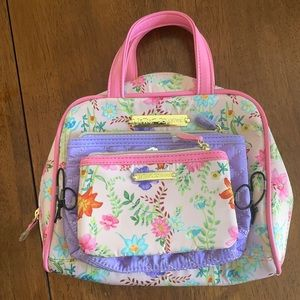 3 piece Betsy Johnson travel bags